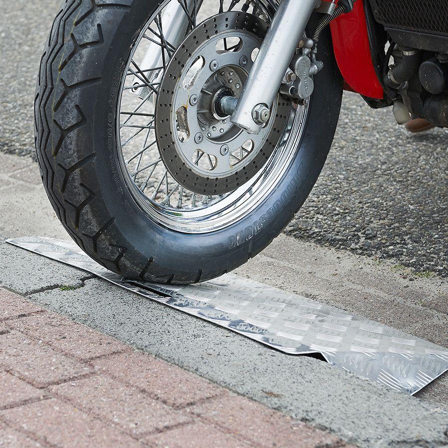 Drempelhulp 15-20 cm oprijgoot drempelplaat rijplaat