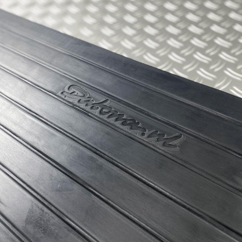 Zwarte drempelhulp 50 mm hoog van Datona voor drempels 2 stuks