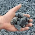 basalt split 16 - 32 mm met hand