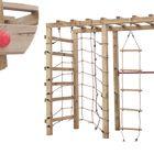 Houten klimtoren voor kinderen