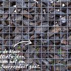 Stenen schanskorf