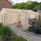 Opbouwen blokhut Johan met luifel