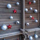 DIY kerstboom met bollenkisten