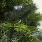 Natuurgetrouwe kunstkerstboom Wassenaar met verlichting