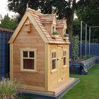 Red Cedar nokvorsten en dakpannen - Speelhuisje