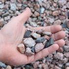 schots graniet 8 - 16 mm met hand