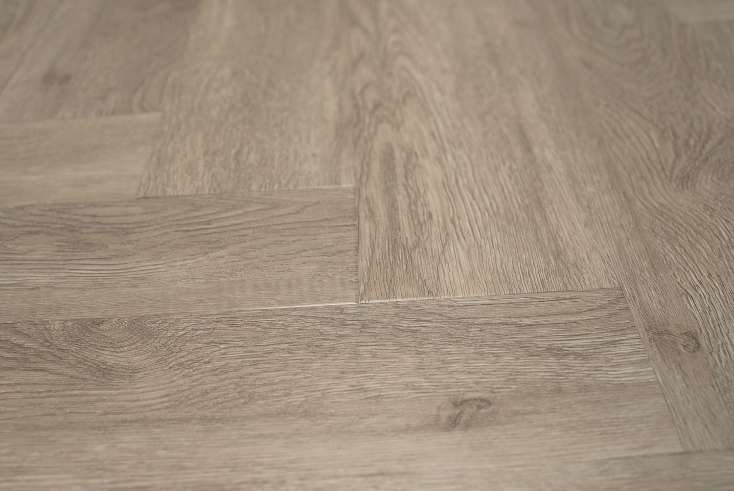 Floer visgraat pvc vloeren grijsbeige eiken 60 x 12 cm wit vloer