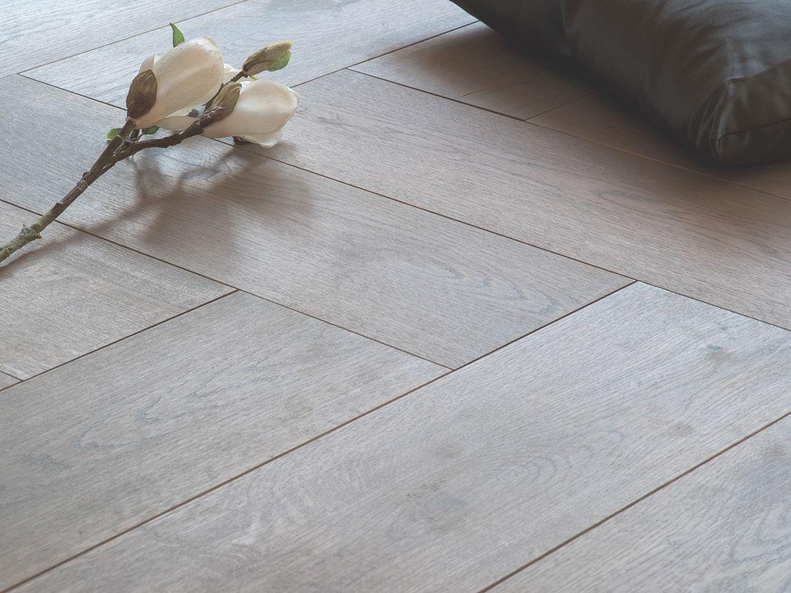 Visgraat Vloer Grijs : Duoplank grijze reuze visgraat eiken grijs geolied vloer 18 cm
