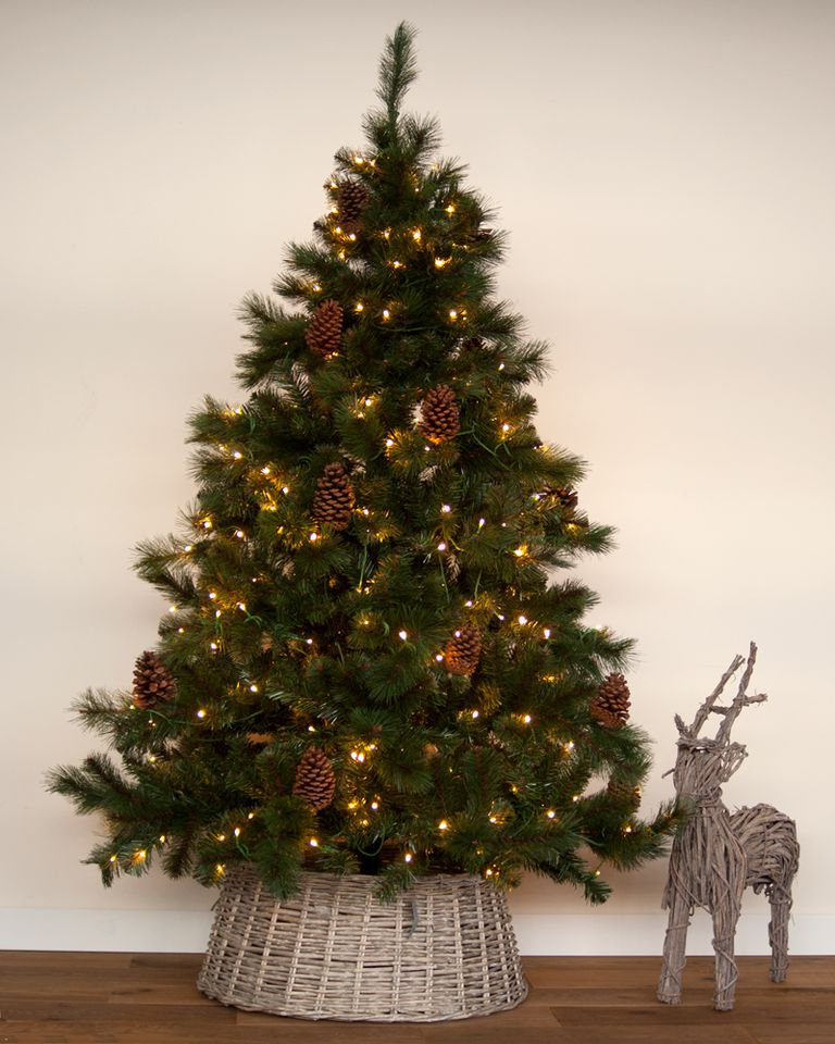kunstkerstboom met led verlichting en dennenappels 150 cm