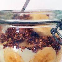 Banoffee ontbijt met snickers granola