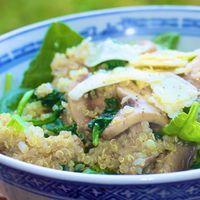 Quinoa salade met spinazie