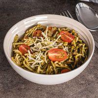 Spaghetti met spinazie en courgette saus