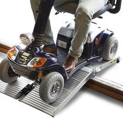 Oprijplaat scootmobiel rolstoel opvouwbaar aluminium rijgoot drempelhelling 3