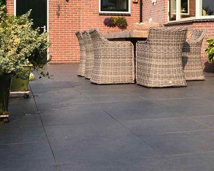 Houten Terrastegels Te Koop.Luxe Tuintegels Terrastegels Kopen Met Coating Gadero