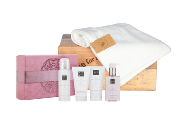Rituals Sakura treat met baddoek