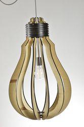 Hanglamp Lampadina - hout - 20 cm.  Deze speelse hanglamp is geïnspireerd door de vorm van de gloeilamp maar dan uitgevoerd in hout. Door de open structuur van deze lamp blijft de ruimte in de huiskamer, eetkamer of keuken behouden.  Een aanwinst voor elk interieur!