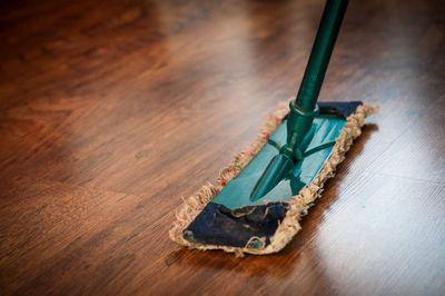 Milieuvriendelijk schoonmaken in en om het huis