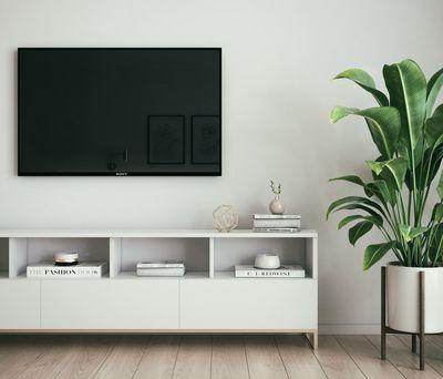 Met deze 4 stappen bevestig je eenvoudig de televisie aan de muur