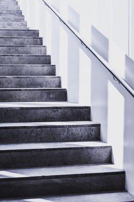 Hoe een trapleuning monteren
