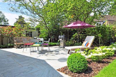 Informatie over tuinmeubelen; typen, materiaal en onderhoud tips