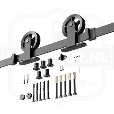 Robuust-bovenop-schuifdeursysteem-zwart-Maak-een-houten-schuifdeur.jpg