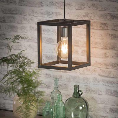 Hanglamp Eggesin in vierkante buis