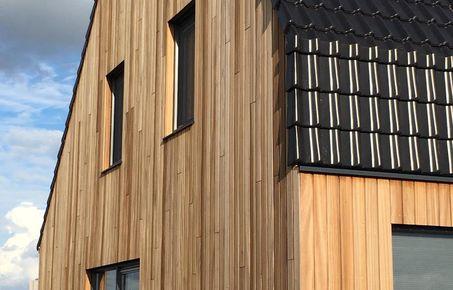 Advies plaatsen terras schutting en meer hout for Houten vijverbak