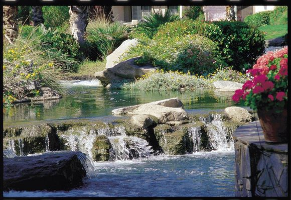 oase-aquamax-expert-30000-vijverpomp-004.jpg