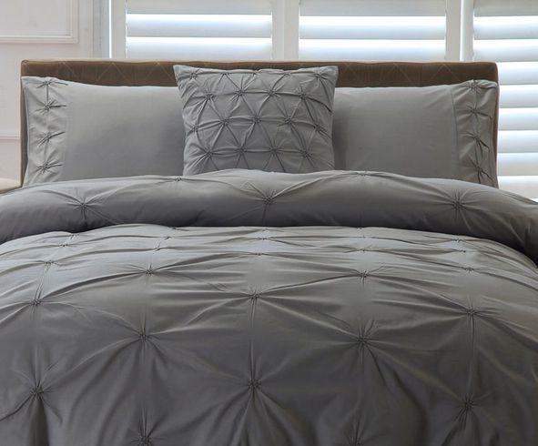 Donzen dekbed warm licht & zacht beddenspecialist slaaphof!