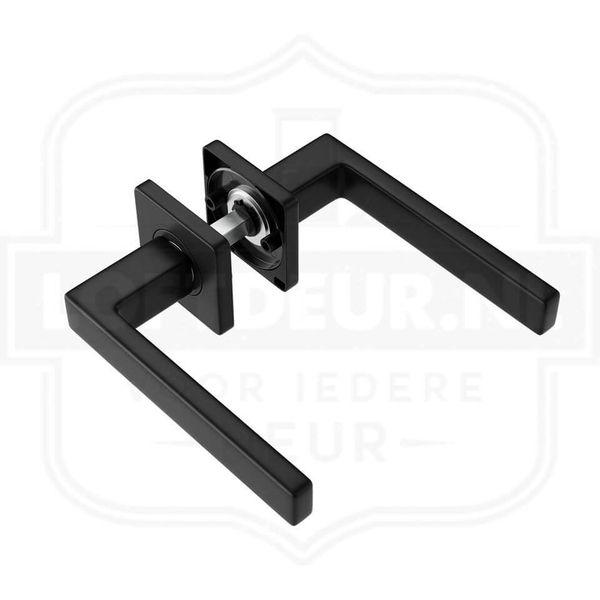 Moderne-zwarte-Loftdeur-deurklink-Stoere-moderne-uitstraling-voor-je-deur.jpg
