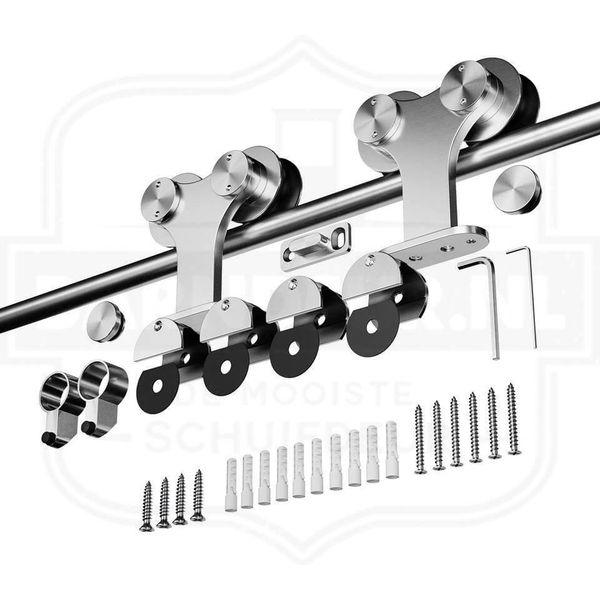 RVS-Roestvastvrij-schuifdeursysteem-Maar-zelf-ene-houten-schuifdeur-met-Barndeur-schuifdeurbeslag.jpg