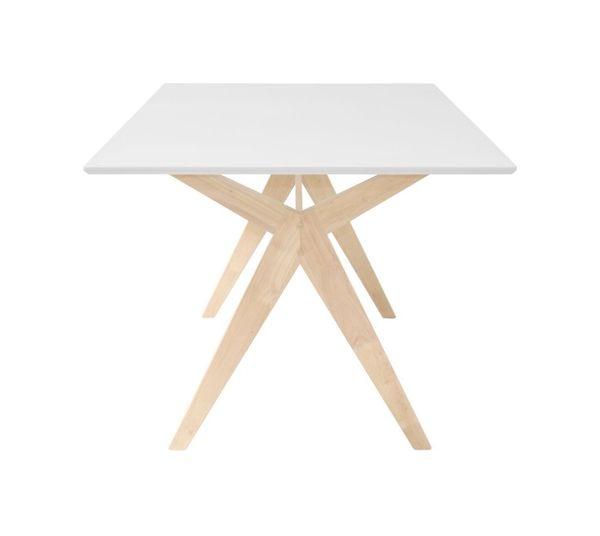 eikenhouten_tafel_wit_blad_kruis_onderstel_levaleva_interieurtips_stylingtips_scandinavisch_interieur.jpg