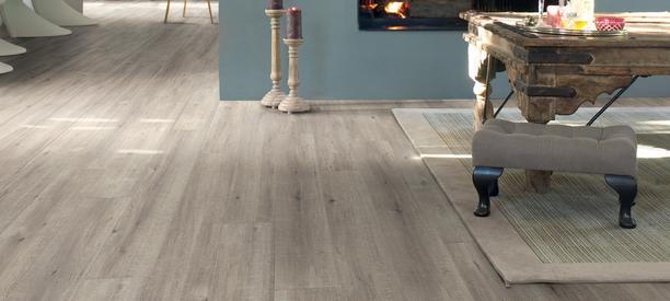 Laminaat vloer quickstep impressive meister eiken wit grijs for Gang grijs en wit