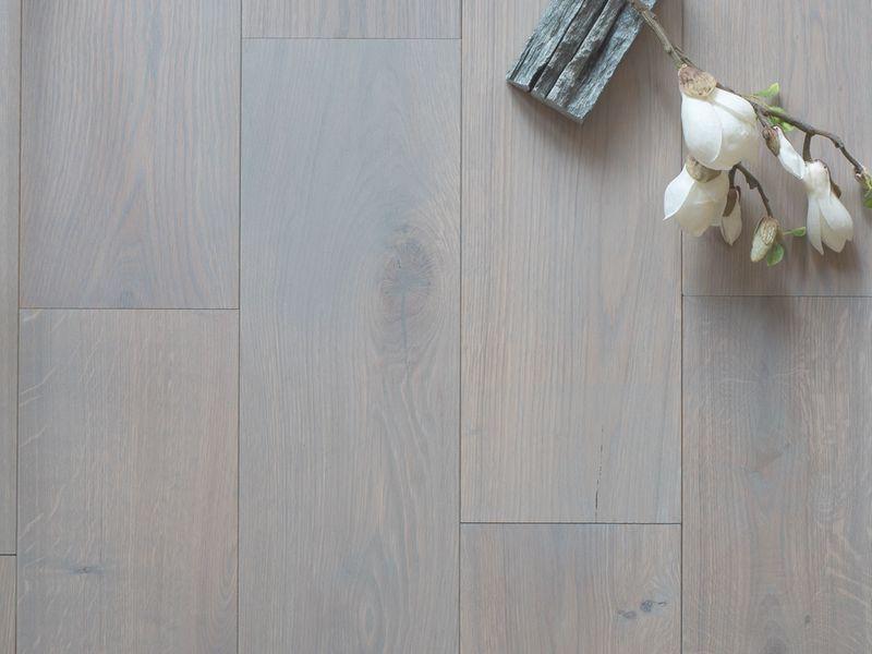 Parket vloer behandelingen eiken hout wit grijs zwart donker