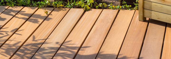 vlonder terras van hout - hardhout, geïmpregneerd planken