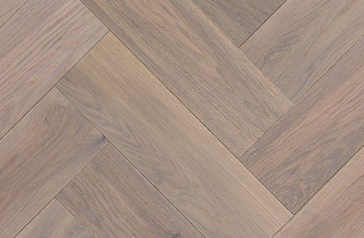 Reuze visgraat vloer wit eiken hout gerookt geborsteld cm
