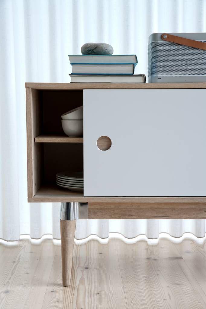 acky-dressoir-180-cm-met--schuifdeuren-mat-wit-levaleva.jpg