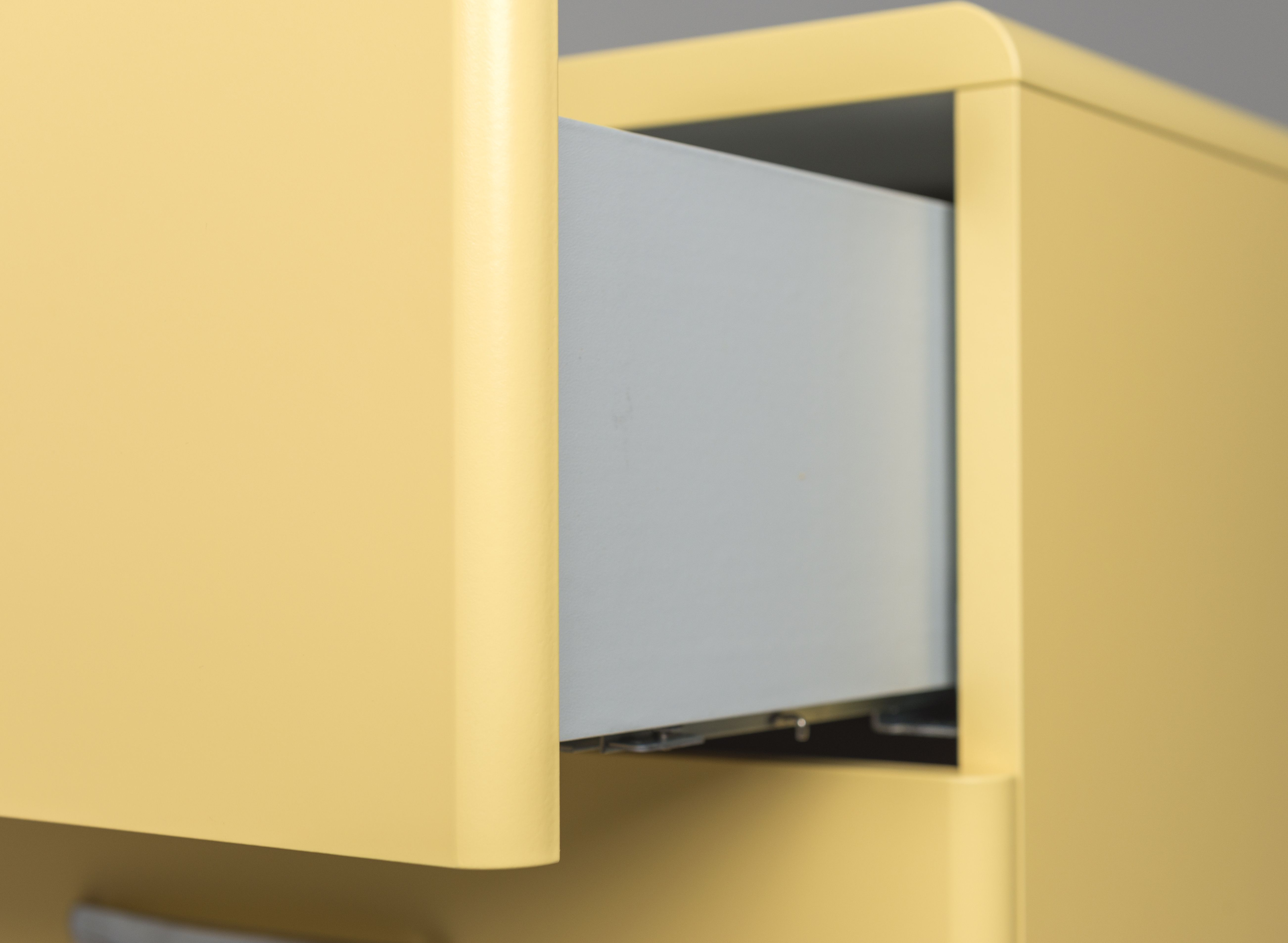 4 -laden-2-deuren-kirby-dressoir-geel-2