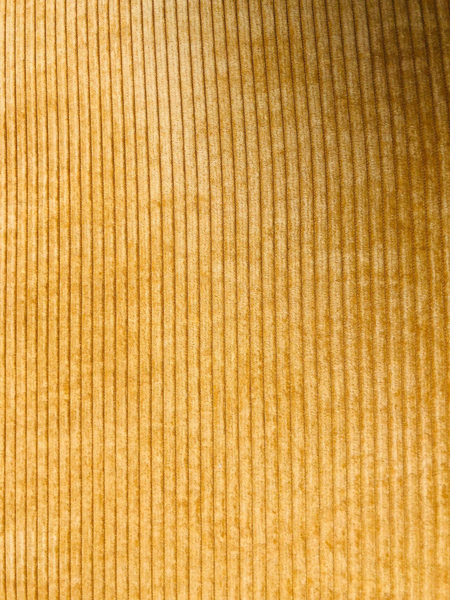 brovst-geel-stof