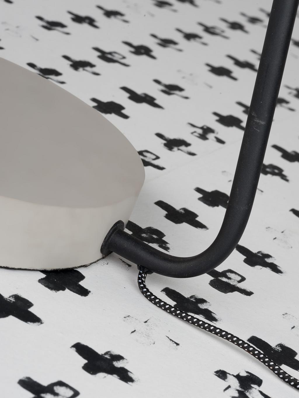 stehlampe madrid schwarz metall zementfu it 39 s. Black Bedroom Furniture Sets. Home Design Ideas