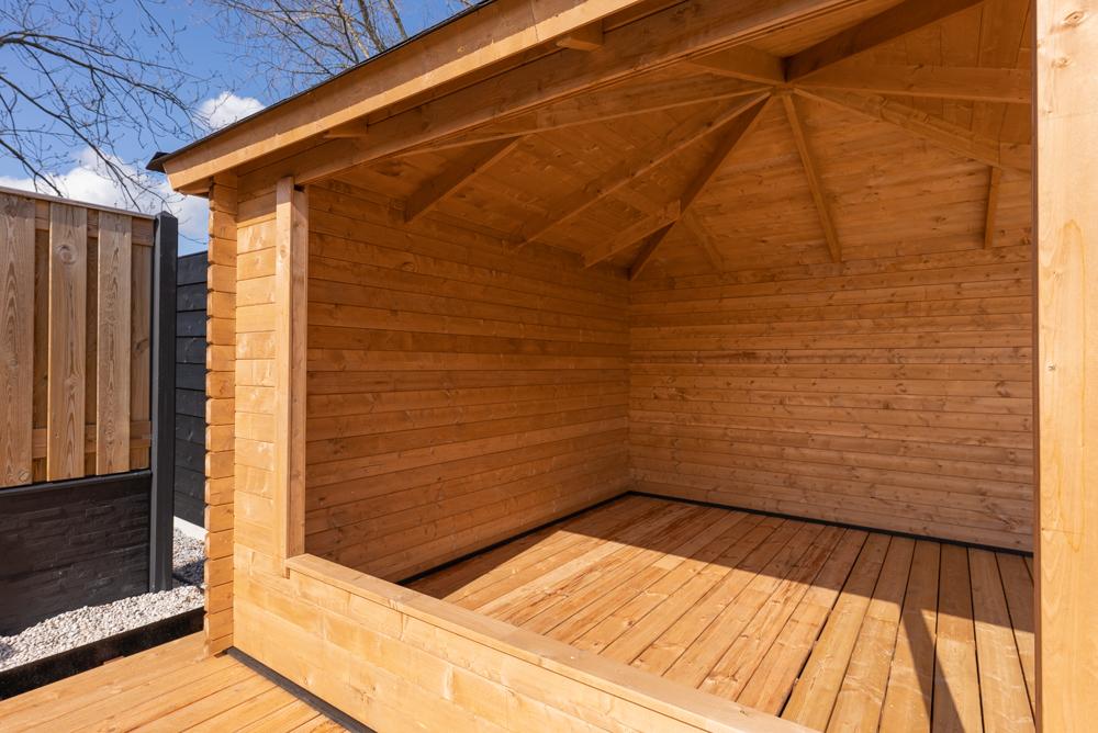 Open houtenverblijf