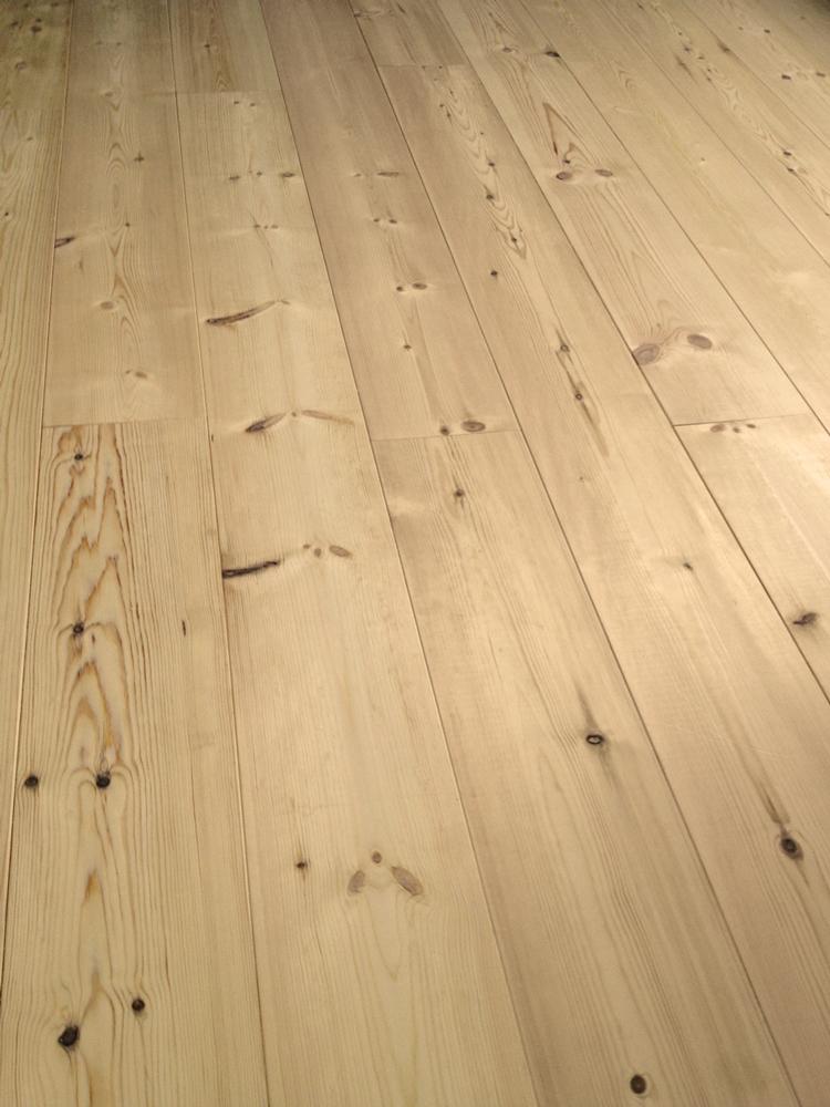 Grenen vloer
