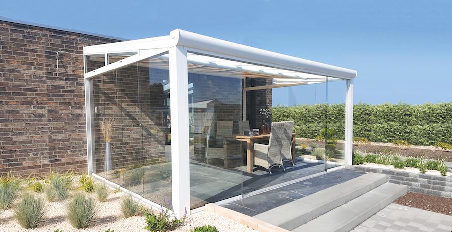 aluminium tuinkamer met glazen schuifwand