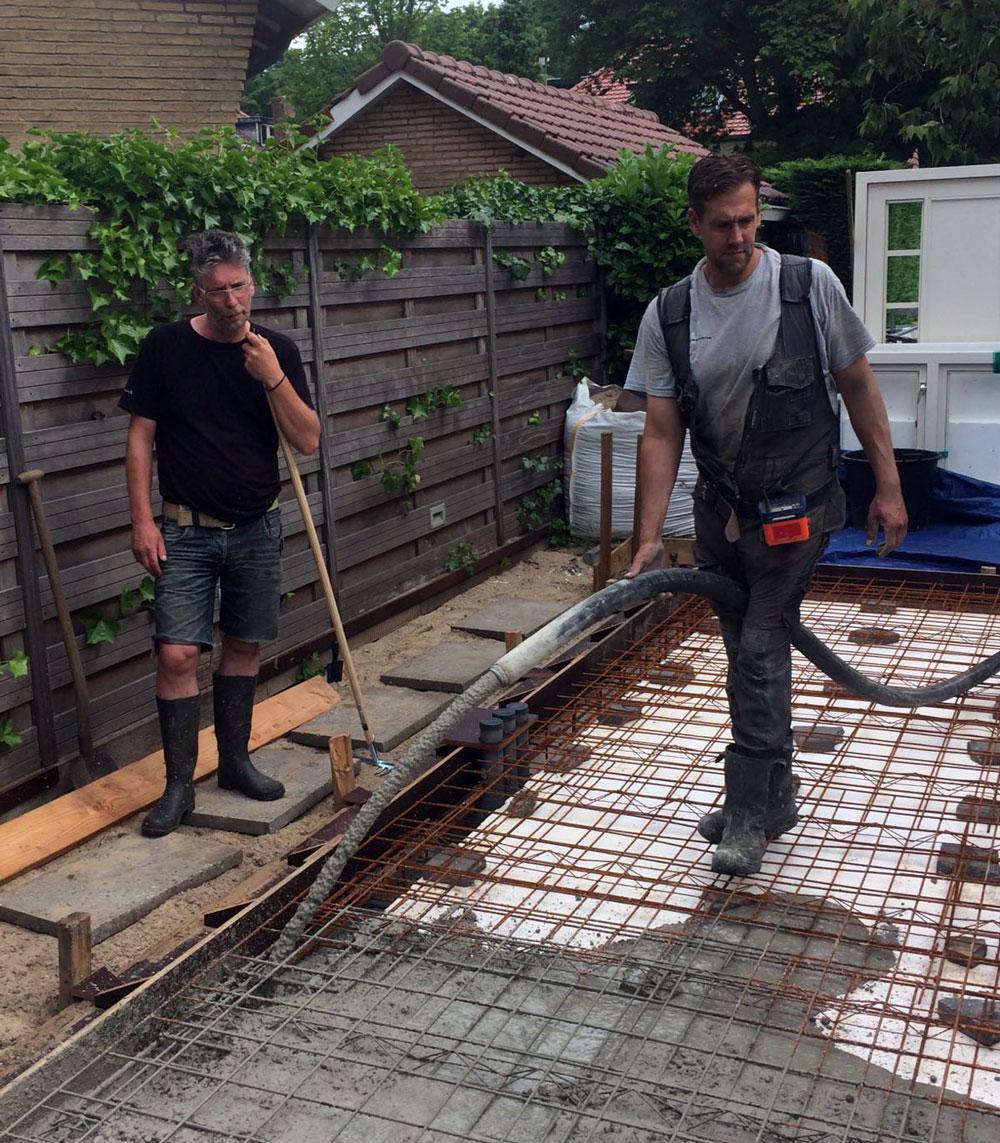 gestorte betonvloer fundering maken voor uw tuinhuis