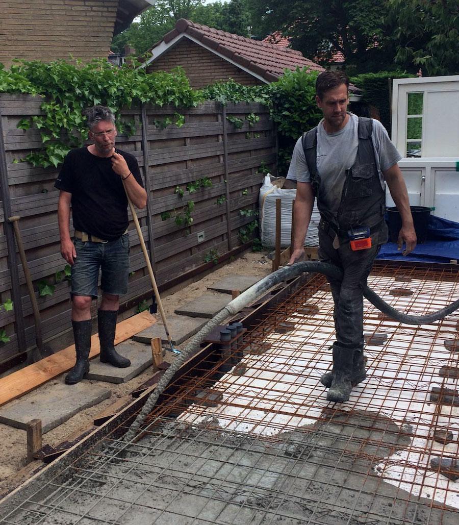 Storten van de betonvloer