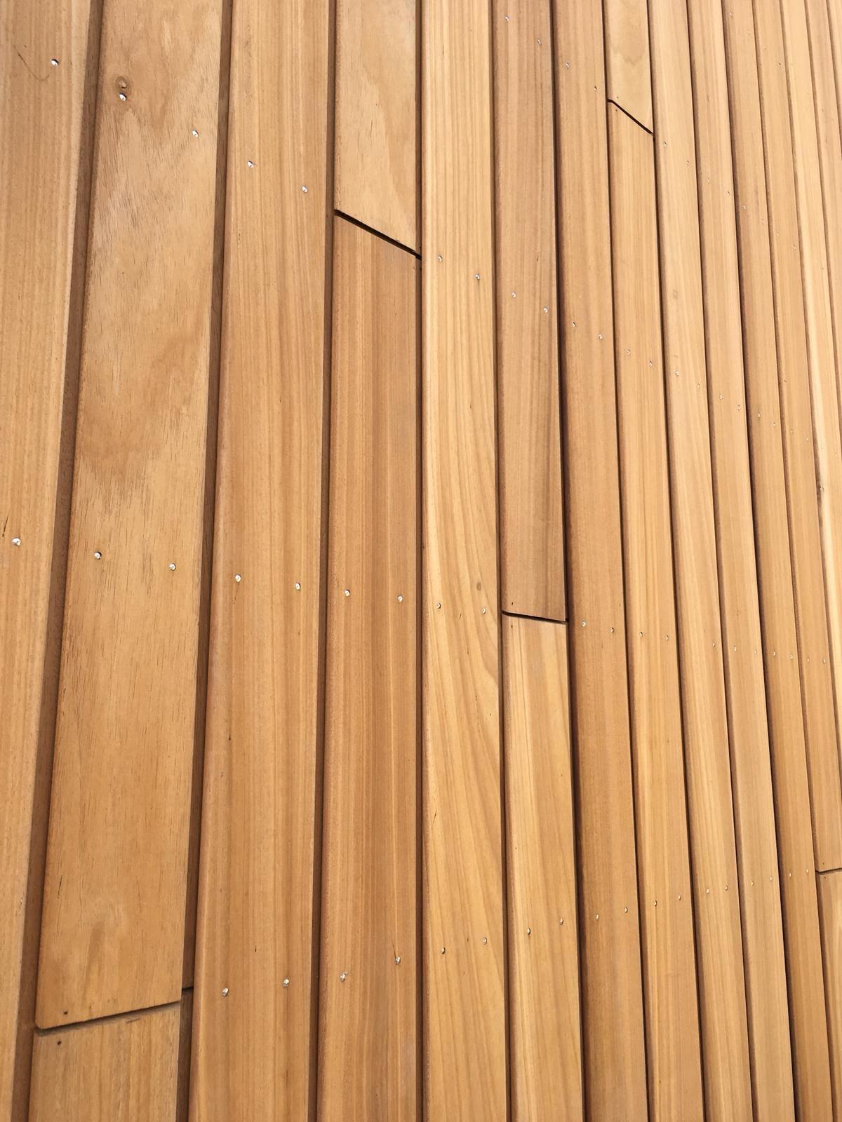 ayous houten woning