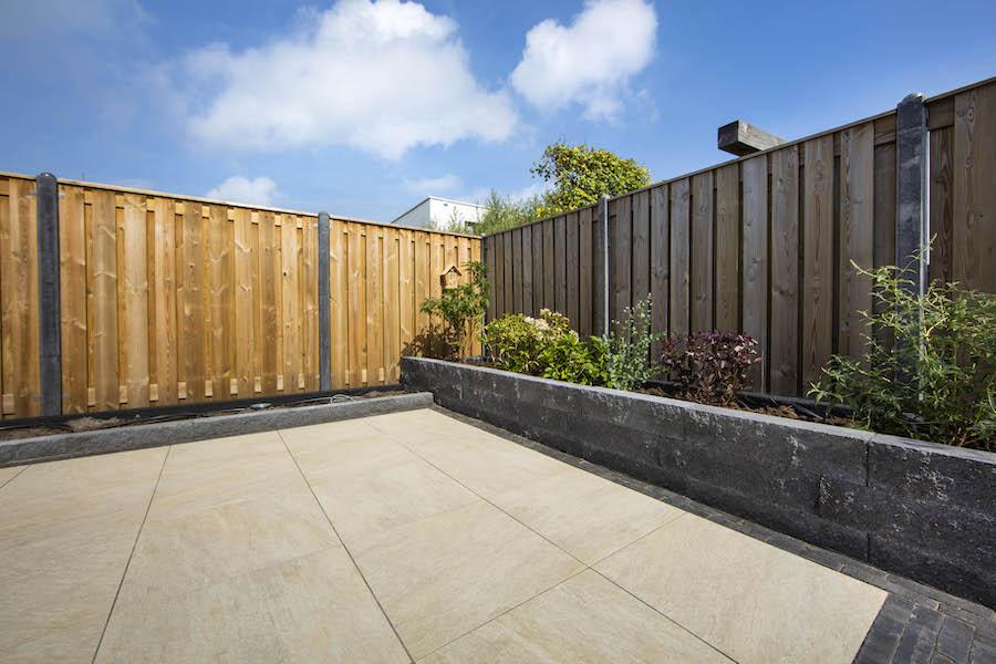 onderhoudsvrije tuin border keramische tegels