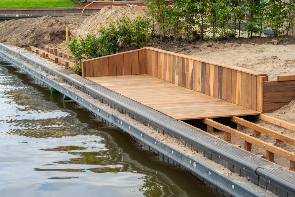 steiger bouwen aan het water hardhout