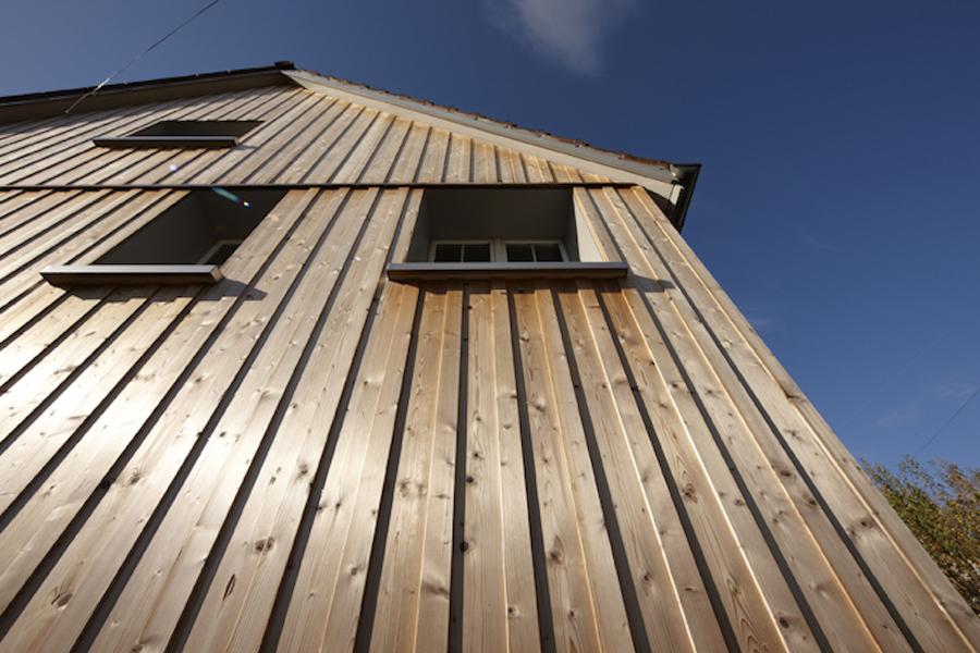 Fassadenverkleidung thermisches Holz