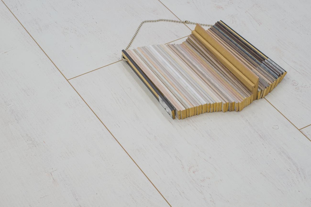 Floer landhuis laminaat vloer white wash eiken extra breed